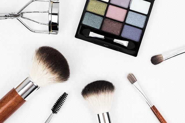 Maquillage semi permanent